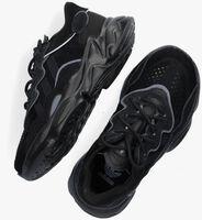 ADIDAS Baskets basses OZWEEGO C en noir  - medium