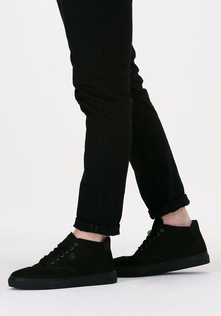 MAZZELTOV Chaussures à lacets 108407 en noir  - large