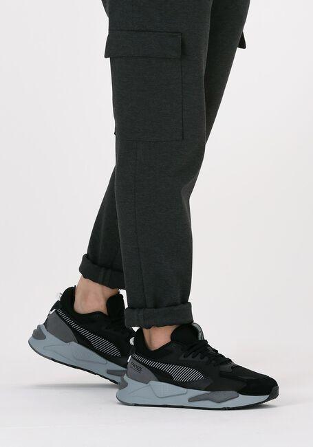 PUMA Baskets basses RSZ COLLEGE en noir  - large